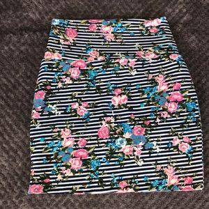 Forever 21 skirt size small